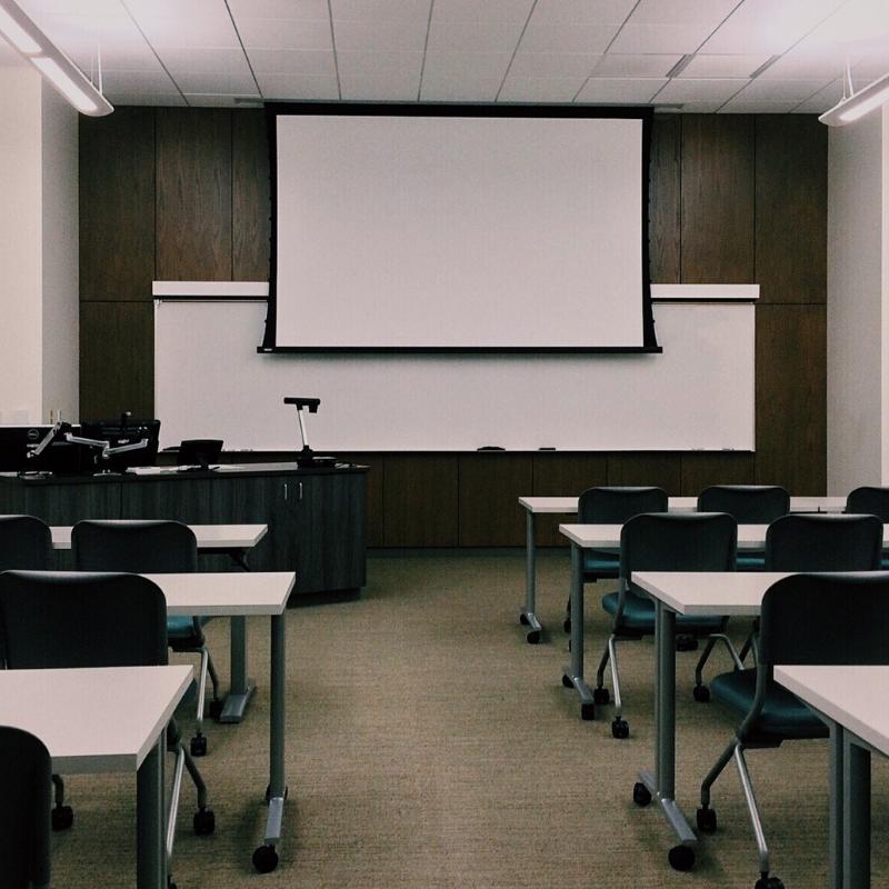 Treinamento E Consultoria Para Escolas De Idiomas E Colégios Bilíngues